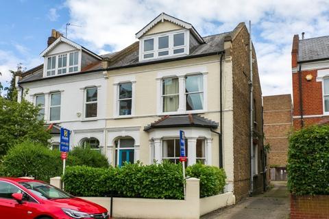 3 bedroom flat for sale - Sandycombe Road, Kew, Richmond, Surrey TW9
