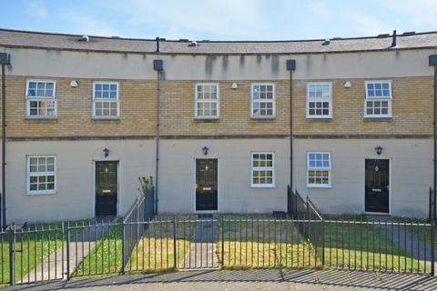 3 bedroom terraced house to rent - PHOENIX BOULEVARD, LEEMAN ROAD, YORK, YO26 4WX