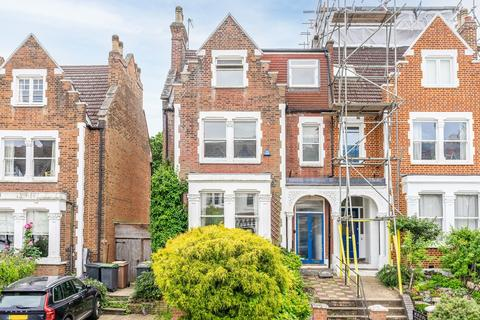 6 bedroom semi-detached house for sale - Onslow Gardens, Highgate Borders, N10