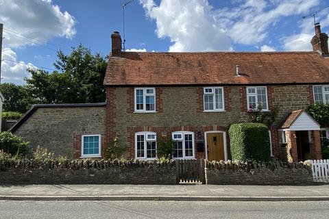3 bedroom cottage for sale - The Bushes, Bourton, Gillingham