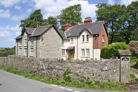 5 bedroom country house for sale - Drefach Felindre, Llandysul, Carmarthenshire