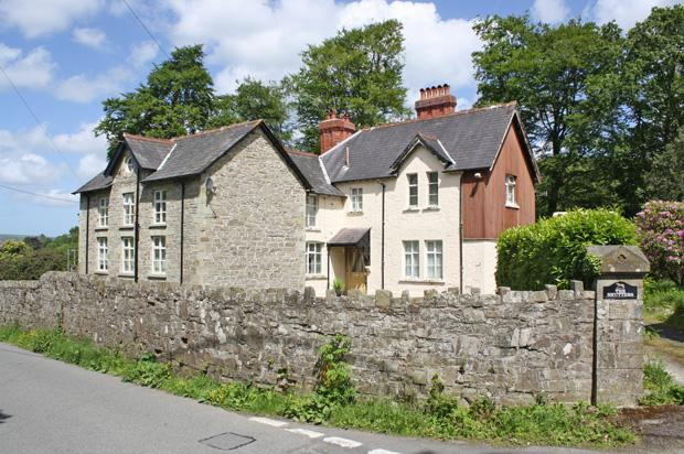 5 Bedrooms Country House Character Property for sale in Drefach Felindre, Llandysul, Carmarthenshire