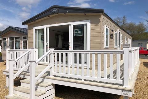 2 bedroom lodge for sale - ABI BEAUMONT 2021 Boundary Lane Dorset BH24 2SD