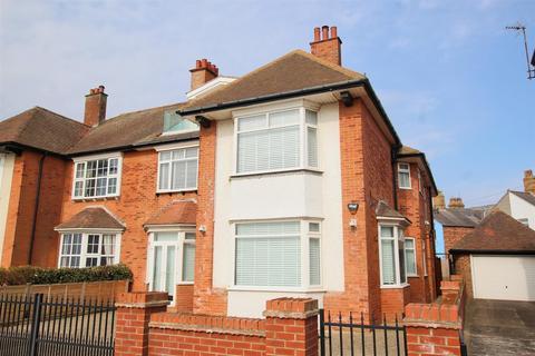 5 bedroom semi-detached house for sale - Belvedere Parade, Bridlington