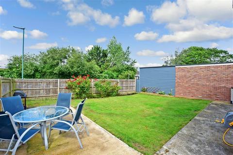 3 bedroom detached bungalow for sale - Stratton Court, Bognor Regis, West Sussex