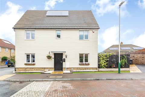 3 bedroom link detached house for sale - Small Heath Avenue, Romford, RM3