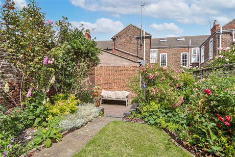 3 bedroom terraced house for sale - Eastgate, Beverley, HU17