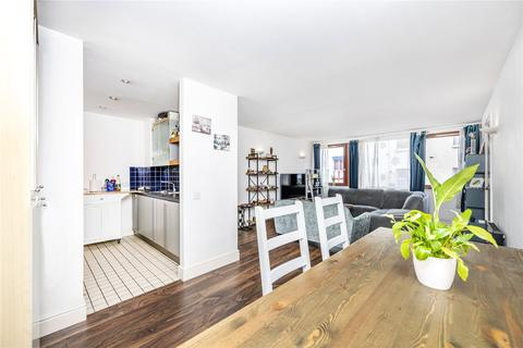 3 bedroom apartment for sale - Assam Street, E1