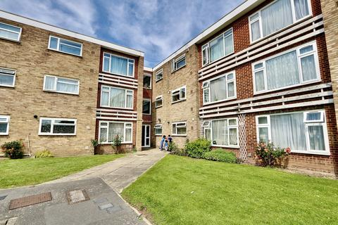 3 bedroom apartment for sale - Little Elms, Hayes, UB3