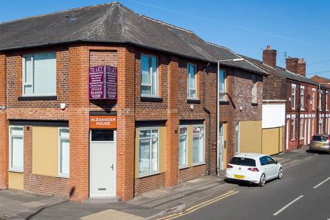 1 bedroom flat to rent - Gorton Road, Reddish, Stockport, SK5