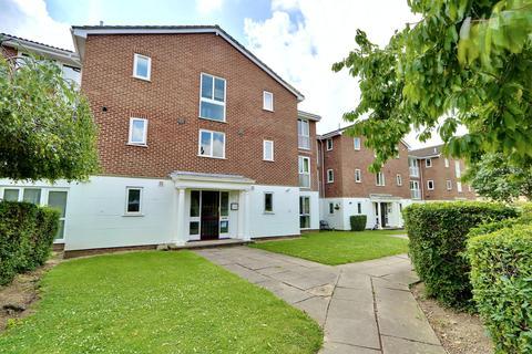 2 bedroom apartment to rent - Tayfield Close, Ickenham, UB10