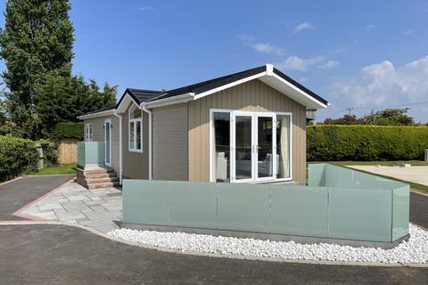 2 bedroom lodge for sale - Burnham Market