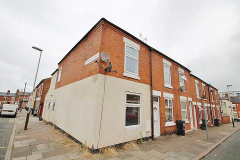 3 bedroom end of terrace house to rent - Bruce Street, Leicester