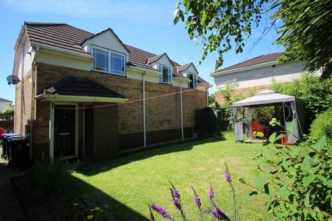 2 bedroom apartment for sale - Beverley Way, Cepen Park South, Chippenham