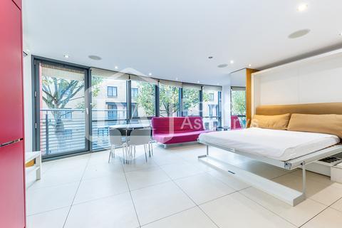 Studio to rent - Arlington Road, Camden, London