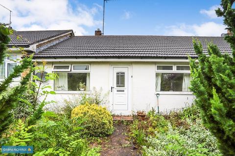 2 bedroom bungalow for sale - Meadowside, Wellington