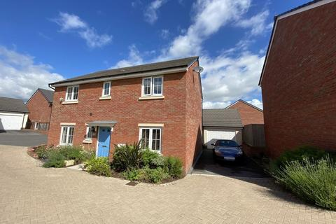 4 bedroom detached house for sale - Whitby Court, Gilwern, Abergavenny, NP7