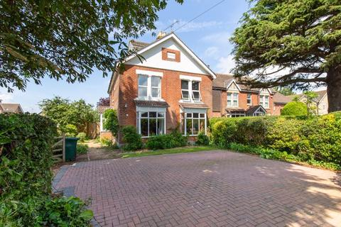 5 bedroom detached house for sale - Stein Road, Emsworth