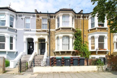 3 bedroom flat for sale - Vartry Road, London