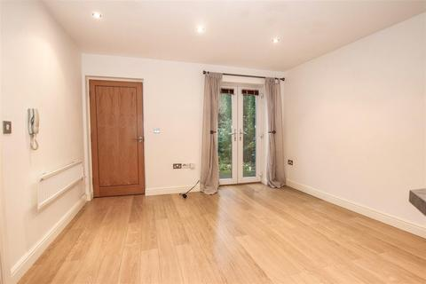 1 bedroom apartment to rent - The Courtyard, Beasley Avenue, Chesterton,Newcastle