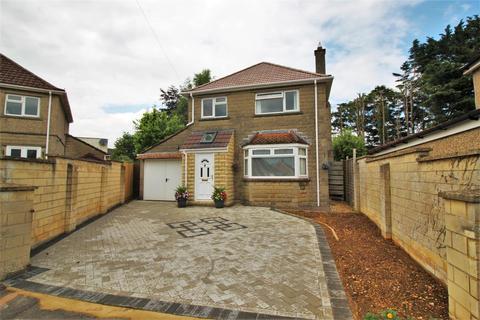 3 bedroom detached house for sale - Orchard Crescent, Chippenham