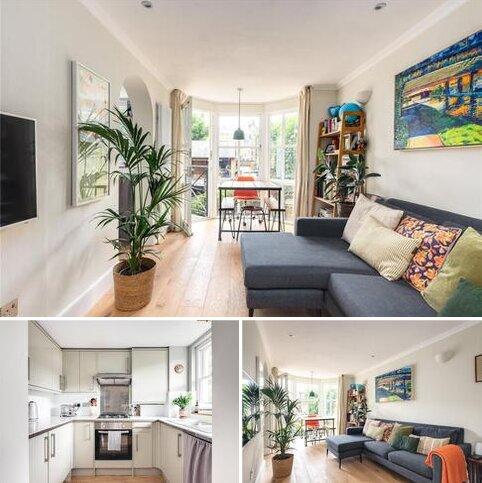 2 bedroom apartment for sale - Coborn Mews, Coborn Street, London, E3
