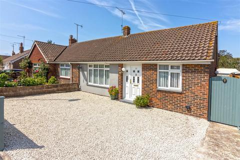 2 bedroom semi-detached bungalow for sale - Western Road North, Sompting, Lancing