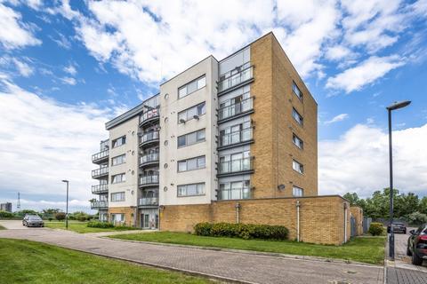 2 bedroom apartment for sale - Bridge House, Defence Close, Thamesmead, London, SE28