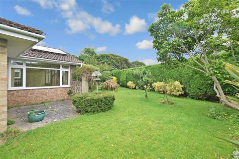 3 bedroom detached bungalow for sale - Truro Close, Chichester, West Sussex