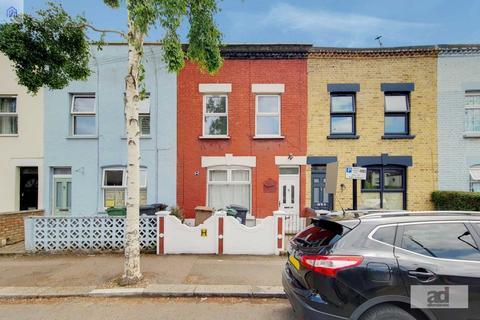 3 bedroom terraced house for sale - Dawlish Road, Leyton, E10 6QN