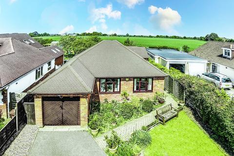 3 bedroom detached bungalow for sale - Aston Clinton