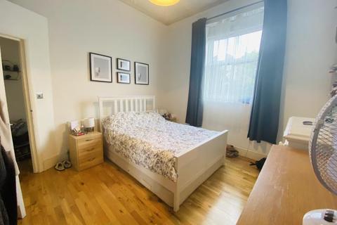 1 bedroom flat to rent - Barons Court Road, West Kensington, W14