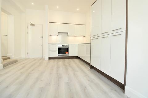 1 bedroom apartment for sale - Arlingham House, St. Albans Road, South Mimms, EN6