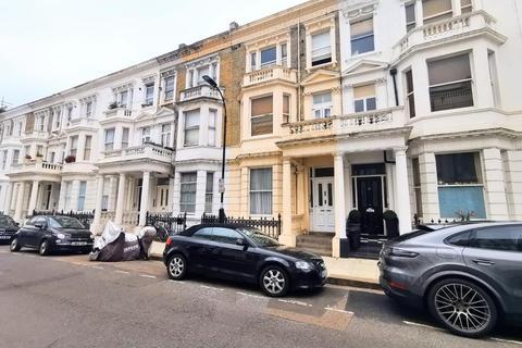 3 bedroom flat to rent - Perham Road, West Kensington, London, W14 9SR
