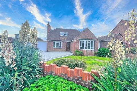 4 bedroom chalet for sale - Hillside Avenue, Offington, Worthing, West Sussex, BN14 9QS