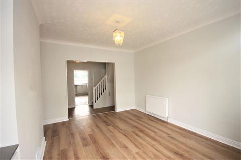 2 bedroom terraced house for sale - Berkshire Street, Hull, HU8