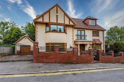 5 bedroom detached house for sale - Coniston Walk, Sketty, Swansea