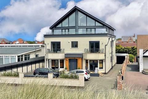 2 bedroom apartment for sale - 94 North Promenade, St Annes On Sea
