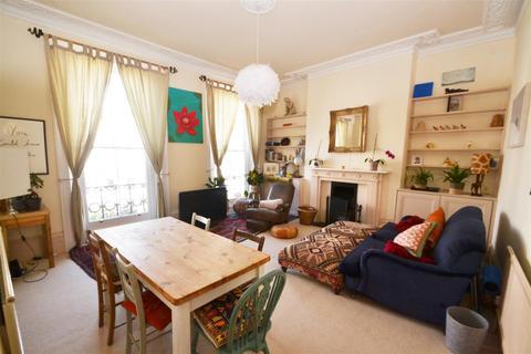 2 bedroom flat to rent - Montpelier Crescent,Brighton,BN1 3JF