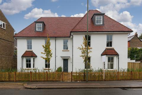 2 bedroom apartment for sale - Hatchlands Road, Redhill