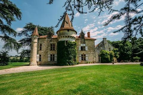 6 bedroom farm house - 47000 Agen, Lot-et-Garonne, Aquitaine, France