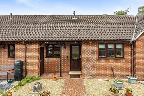 2 bedroom terraced bungalow for sale - Reed Close, Storrington, RH20