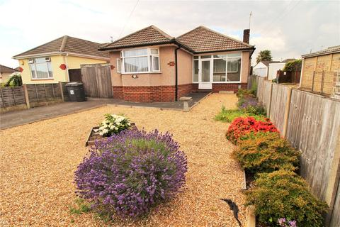 2 bedroom bungalow for sale - Priestley Road, Bournemouth, BH10
