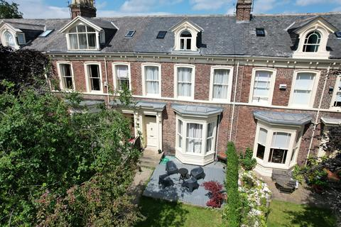 6 bedroom terraced house for sale - Thornhill Terrace, Tyne and Wear, SR2