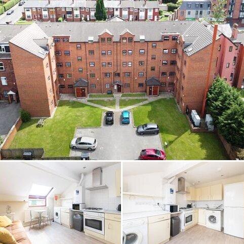 3 bedroom flat to rent - Kelso Heights, Belle Vue Road, LS3