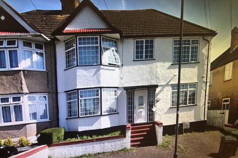 6 bedroom semi-detached house to rent - Harrow Weald, HA3