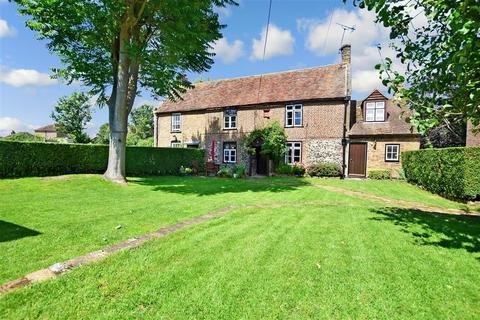 4 bedroom semi-detached house for sale - The Length, St. Nicholas At Wade, Birchington, Kent