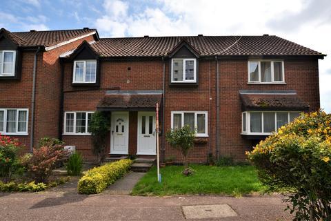 2 bedroom terraced house to rent - Mahon Close, Enfield EN1