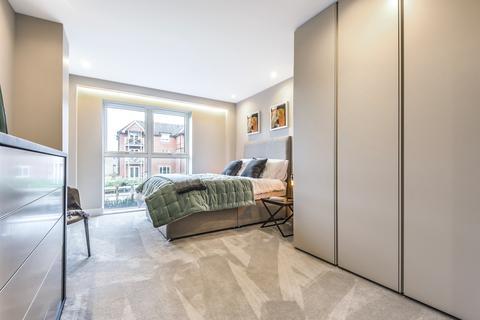 3 bedroom flat for sale - West Hill South Croydon CR2