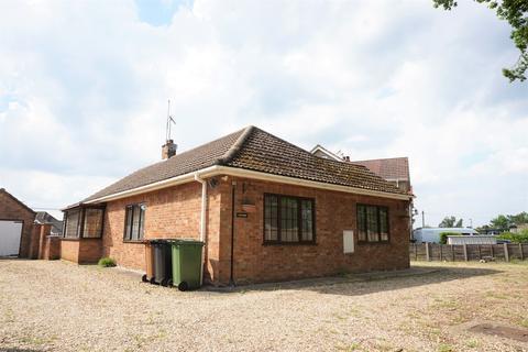 3 bedroom detached bungalow for sale - SOUTH WOOTTON LANE - 3 Bed Detached Bungalow